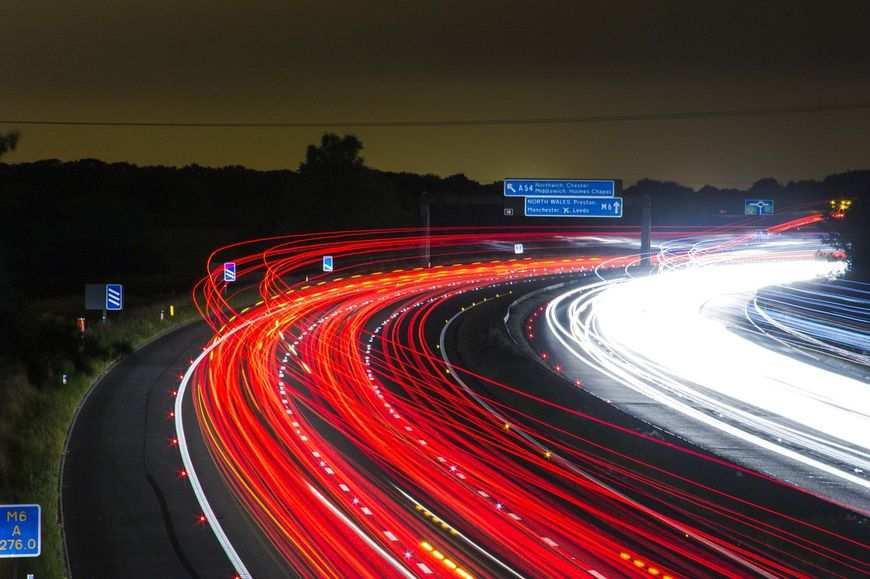 Samochód służbowy – kupno, leasing czy wynajem?